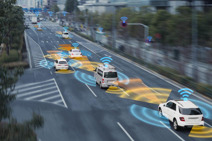 Expérimentation en milieu urbain de la communication entre les véhicules et les infrastructures