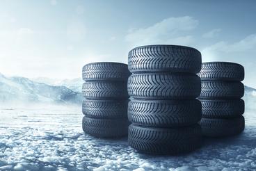 Loi montagne et pneus hiver : le décret ne sera pas publié cette année