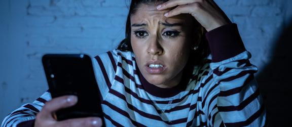 Chantage à la webcam ciblée : comment réagir ?