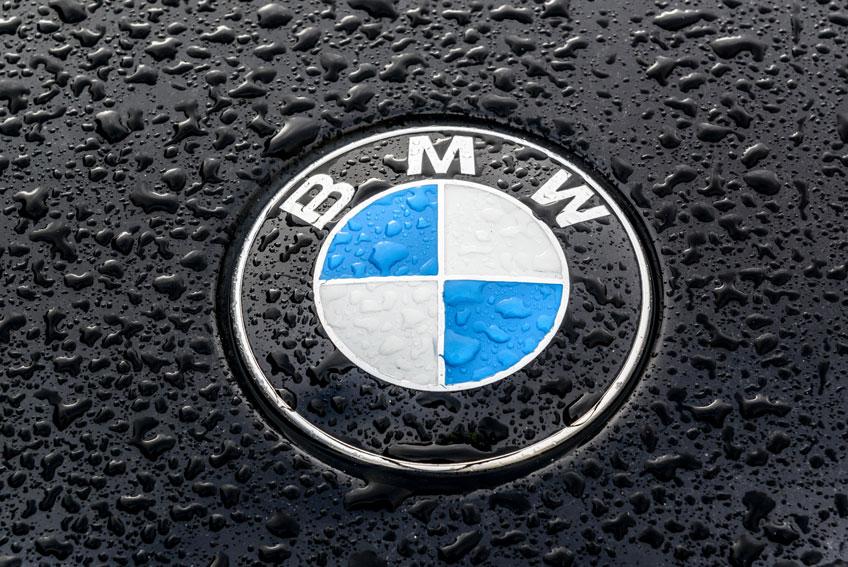 Aurillac Auto Expertise - Aurillac - BMW VA METTRE À JOUR 500.000 VÉHICULES À DISTANCE