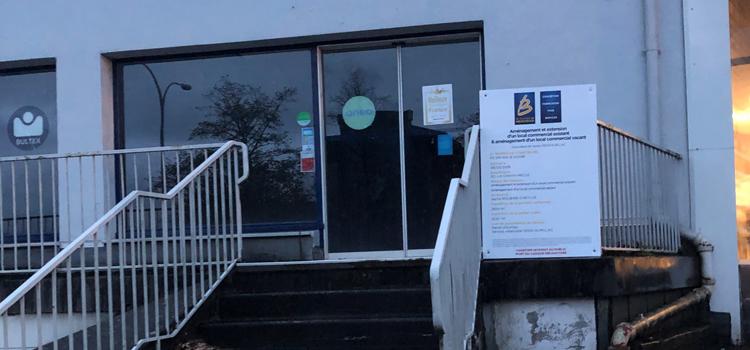 Menuiserie LACASSAGNE à AURILLAC - Affichage du permis de construire