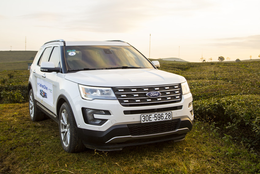 Aurillac Auto Expertise - Aurillac - Direction : Ford rappelle 775.000 SUV Explorer